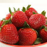 strawberries used to whites yellow teeth